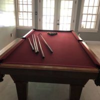 Olhausen Pool Table Excellent Condition