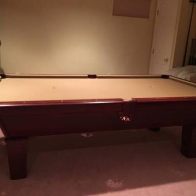 Showood Billiard Pool Table